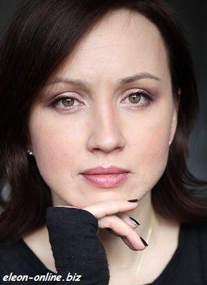 Наталья Щукина играет роль главной горничной в сериале на СТС